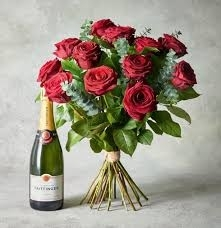 Rose and Champagne gift set